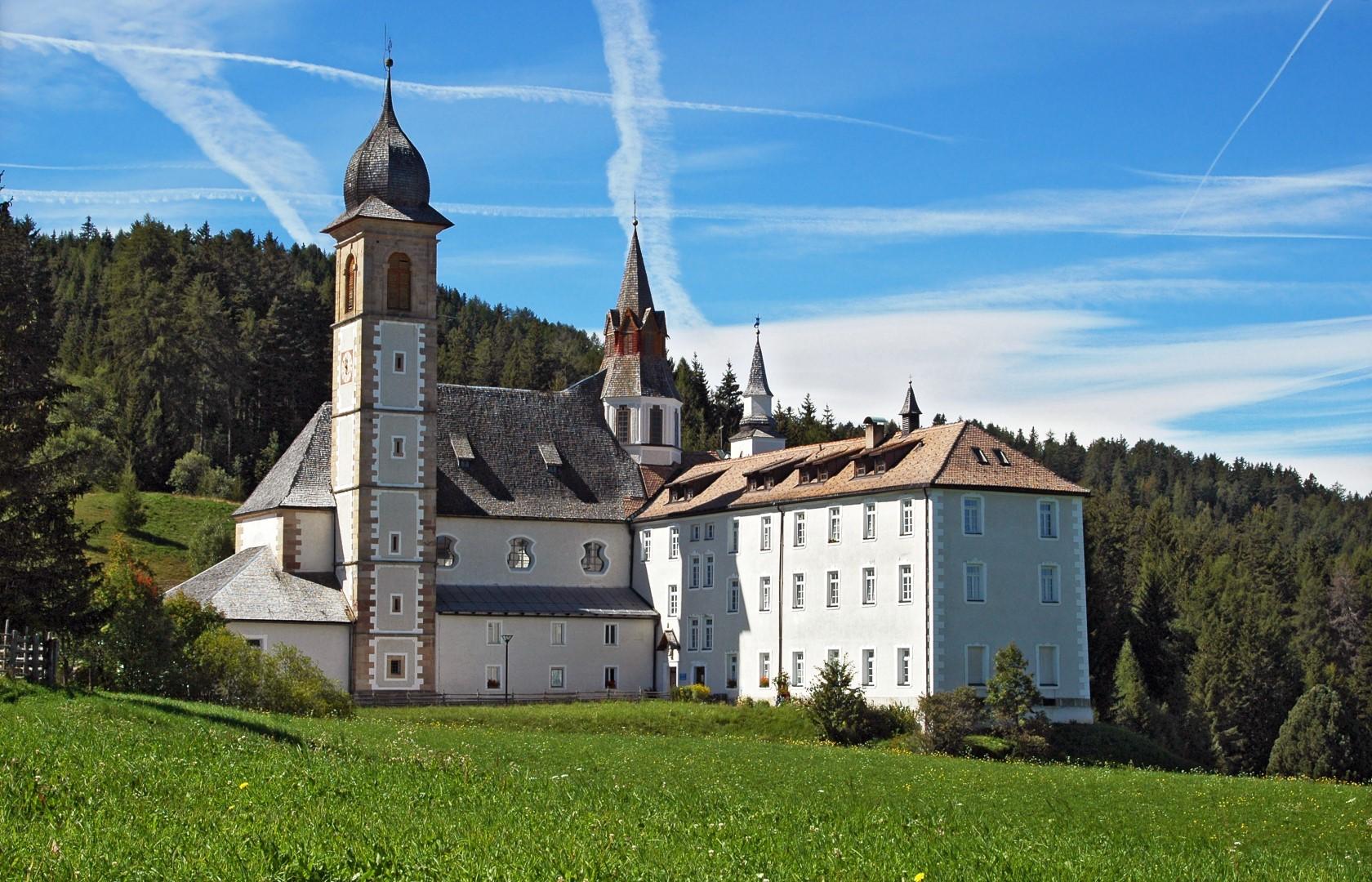 Santuario di Pietralba – Maria Weißenstein place of pilgrimage
