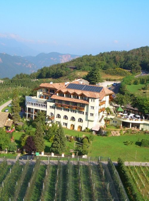 hotel tenz 1 20120601 1868937421 1 500x675 - Hotel Tenz ****